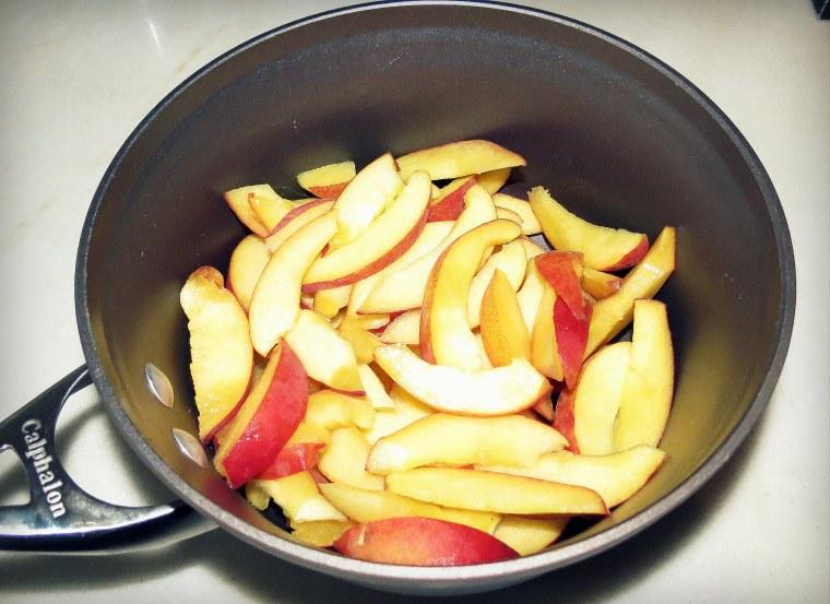 Southern Peach Cobbler - Sliced peaches.JPG
