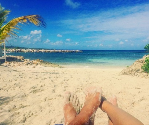 back-to-reality-toes-in-the-sand